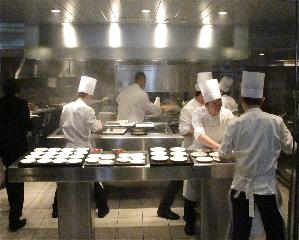 CdN kitchen (C) Tokyo Food FIle