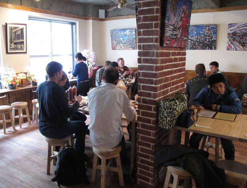 bashamichi taproom2 © Tokyo Food File