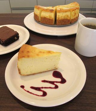 martiniburger cheesecake © Tokyo Food File