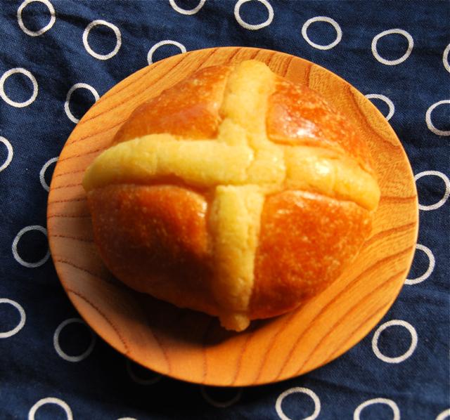 hot X bun deli ©Tokyo Food File