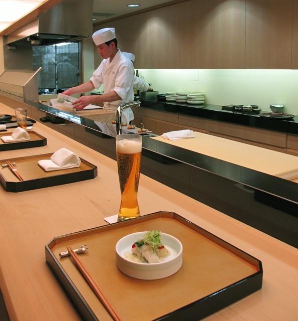 72kou counter (C) Tokyo Food File