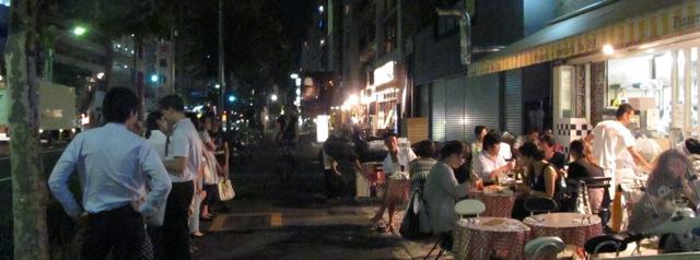da Isa sidewalk2 (C) Tokyo Food File