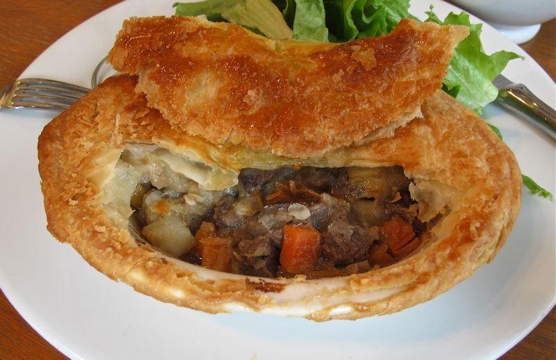 m.howell pie2 (c) Tokyo Food File