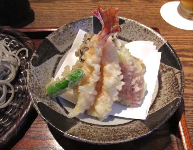 Muto soba + tempura © Tokyo Food File