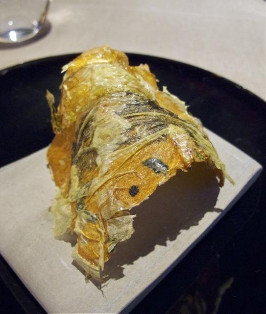 Takazawa amuse2 senbei © Tokyo Food File