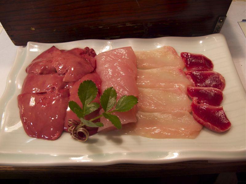 shamo-nabe naizo (c) Tokyo Food File