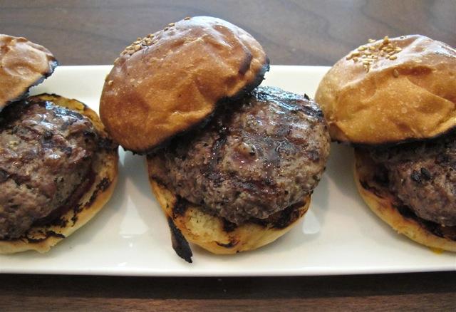 Martiniburger sliders 2 ©Tokyo Food File.jpg