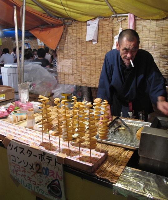 Matsuri twister potato © Tokyo Food File