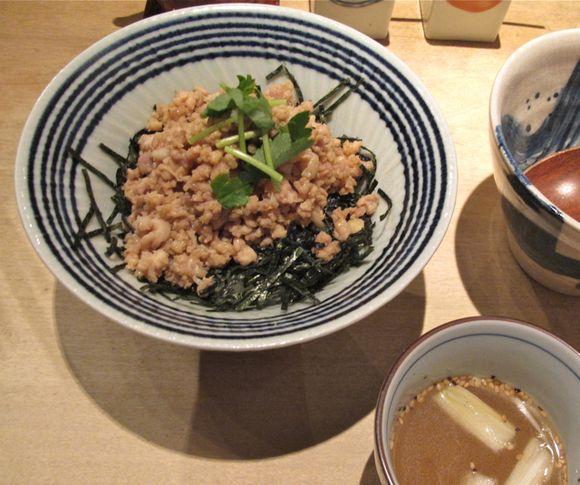 torishiki soborodon © Tokyo Food File