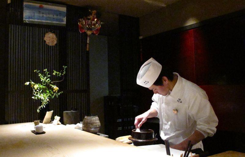 uchiyama interior (c) Tokyo Food FIle