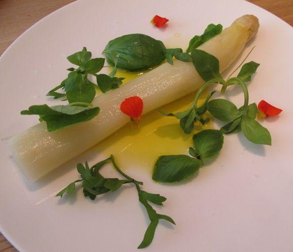 Ace asparagus © Tokyo Food File