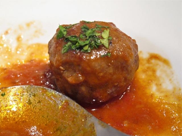 s.isidro albondigas © Tokyo Food FIle