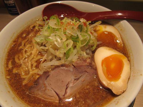 menya shichisai ramen © Tokyo Food File