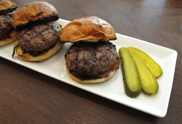 Martiniburger sliders3 ©Tokyo Food File