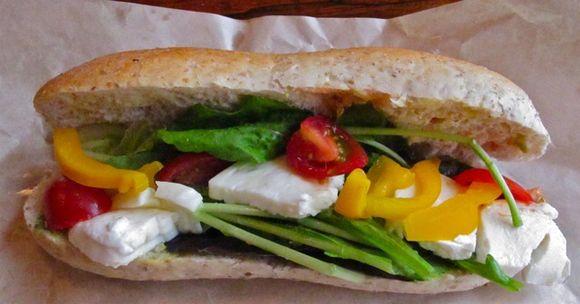 Shibuya Cheese sando1 © Tokyo Food File