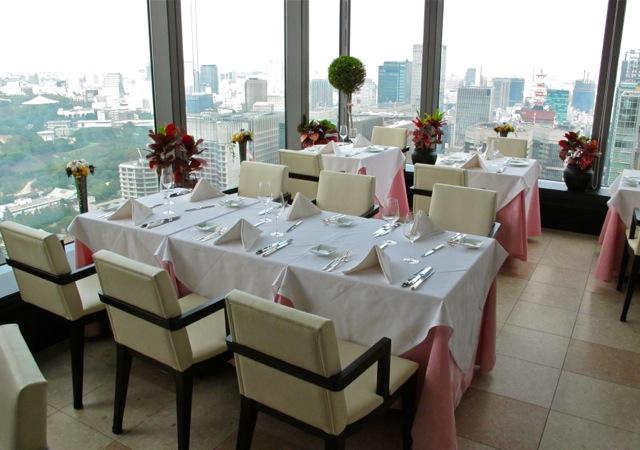 monnalisa tables © Tokyo Food File