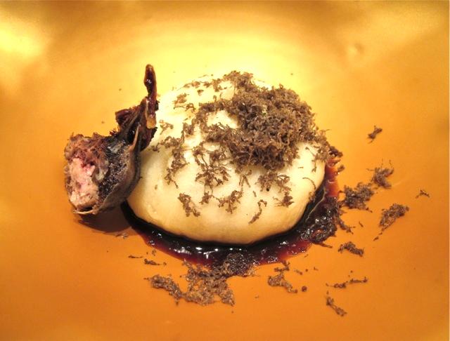 Florilege hato manju ©Tokyo Food File