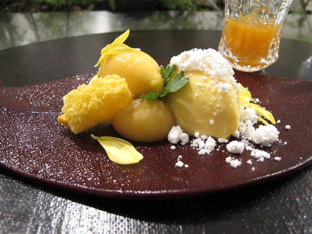 dessert @ libushi © Tokyo Food File