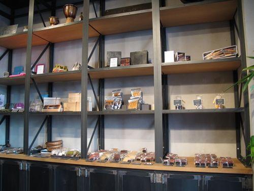 C*Lab shelves © Tokyo Food File
