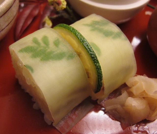 Kyoju madai bozushi © Tokyo Food File