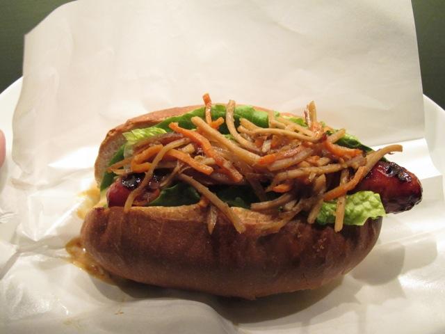 PDT @ NYB teri dog1 © Tokyo Food File