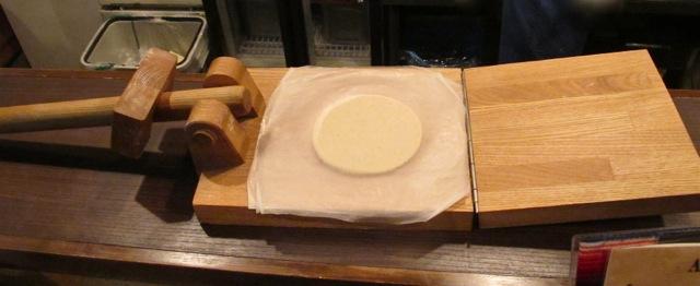 abrazo tortilla press © Tokyo Food File