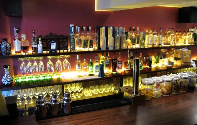 Bepeoch bar © Tokyo Food File