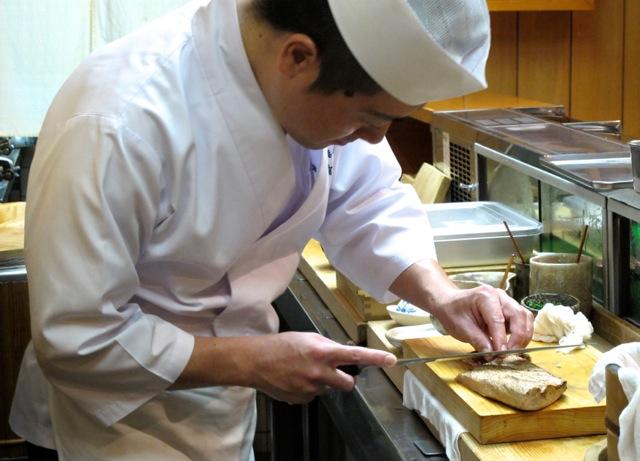 Miyakozushi counter © Tokyo Food File