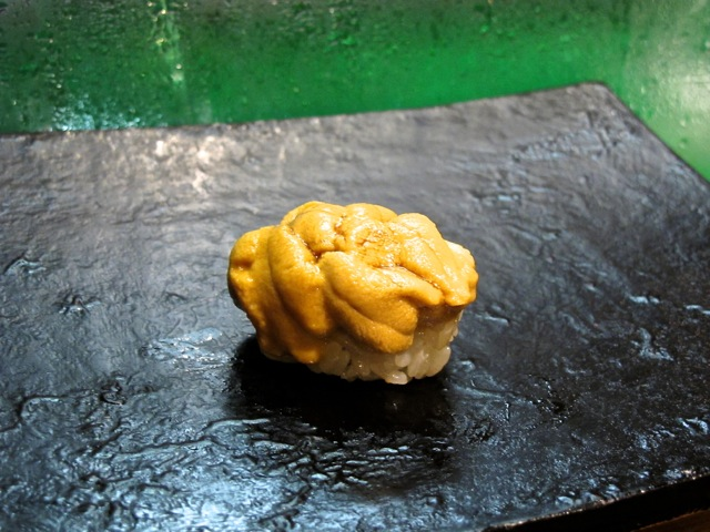 Miyakozushi uni © Tokyo Food File