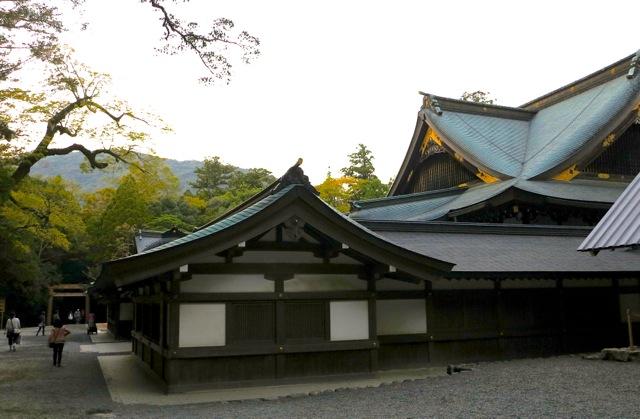 Isejingu roofs