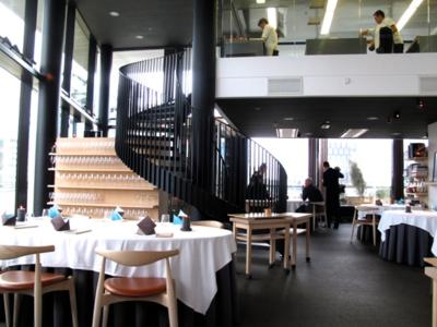 Maaemo diningroom © Tokyo Food File