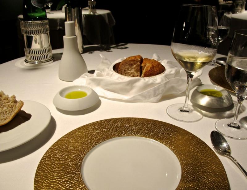 francescana setting © Tokyo Food File