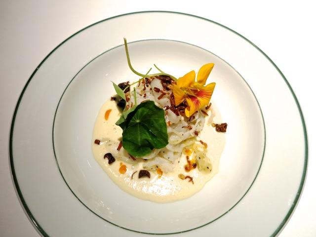Garance @ Girandole squid pasta ©Tokyo Food File