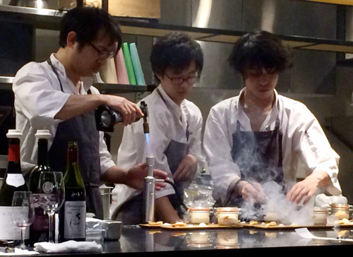 Celaravird: Koichi Hashimoto (left) and team get molecular © Tokyo Food File
