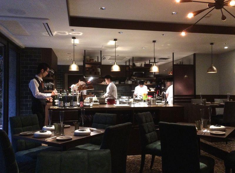 Sincère - interior © Tokyo Food File