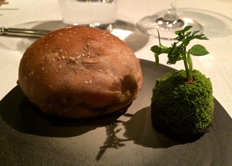 Alex bread © Tokyo Food File